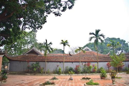 http://daitangkinhvietnam.org/images/stories/automatic/0/0d859924ab3b85d088c03a94fb591be7.aspx%3FThumbnailID%3D393003